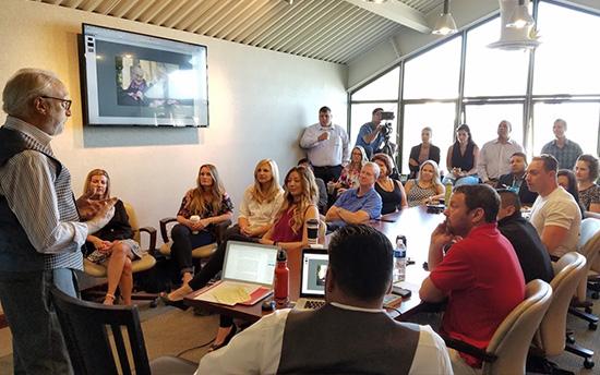 Customer Service Experience keynote speaker presentation.